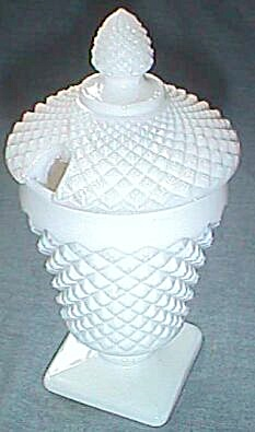Westmoreland English Hobnail Footed Covered Honey Pot
