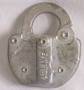 Adlake Switch Padlock (Image1)