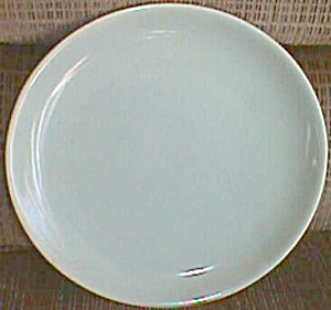 "9"" Bauer Dinner Plate (Image1)"