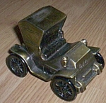Click here to enlarge image and see more about item br-65: Banthrico 1904 Studebaker Metal Bank