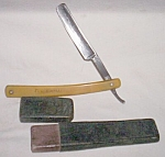 Click here to enlarge image and see more about item ole-735: Very Rare Marshall Wells Marswells Straight Edge Razor