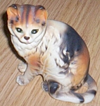 Click here to enlarge image and see more about item rum-146: Napcoware Tabby Cat Figurine