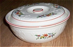Click here to enlarge image and see more about item sf-16: Homer Laughlin Oven Serve Casserole Red Line Floral Tra