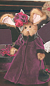 Bearington Collectible Rabbit Tiffany Teabeary