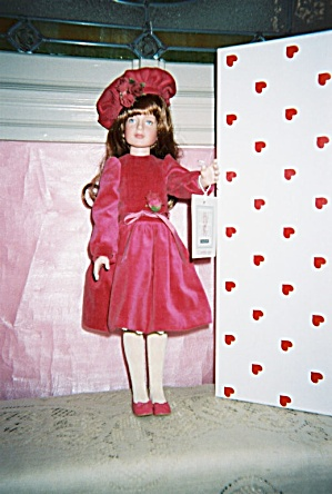 Robert Tonner Collectible Doll Kaylie In Velveteeen