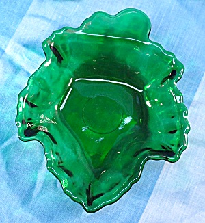 Vintage Anchor Hocking Forest Green Maple Leaf Candy Dish