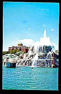 CHICAGO: Conrad Hilton, Buckingham Fountain (Image1)