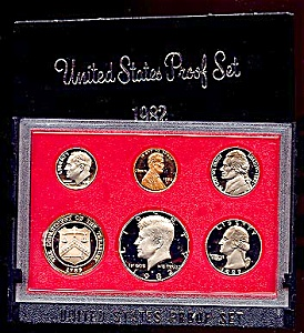 1982 U. S. Proof Coin Set (Image1)