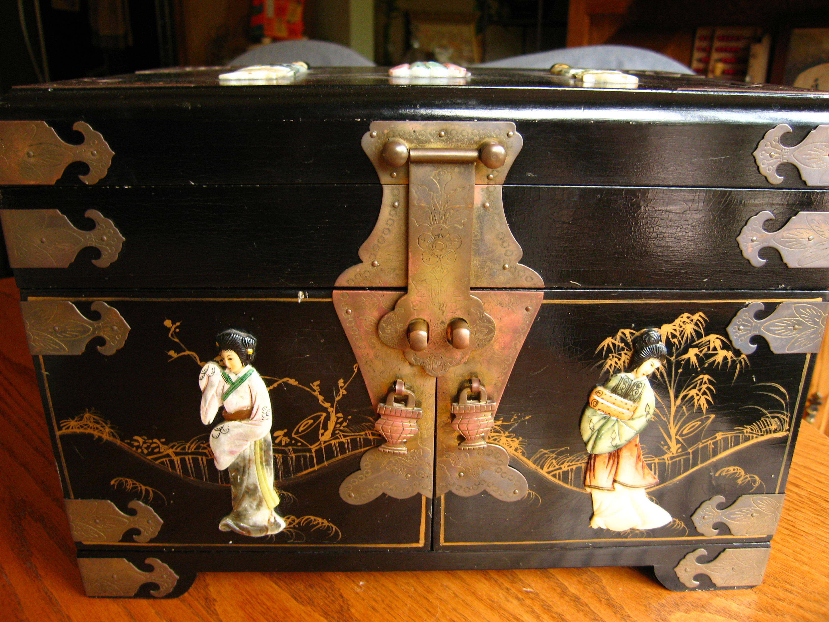 Large Vintage Oriental Jewelry Chest Jewelry Boxes at More Than McCoy