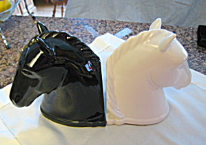 Abingdon Pottery Horse Head Bookends (Image1)