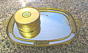 Apolly Vanity Tray and Powder Box (Image1)