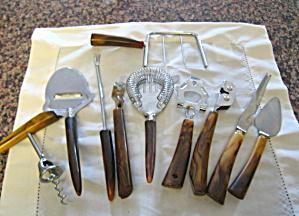 Bakelite Barware Assortment (Image1)