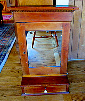 Antique Wooden Barber's Shelf (Image1)