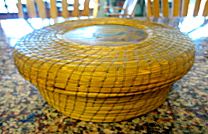 Antique Sweet Grass Basket (Image1)