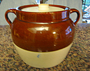 Antique Stoneware Beanpot Large #4 (Image1)