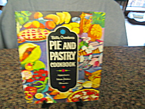 First Edition Betty Crocker Pie Book (Image1)