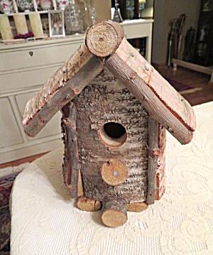 Birch Bark Log Birdhouse (Image1)