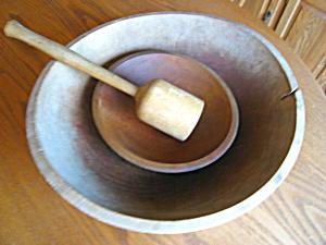 Antique Wood Bowls and Masher (Image1)