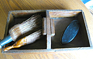 Primitive Box and Brush Assortment (Image1)