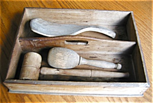 Primitive Kitchen Cutlery Box