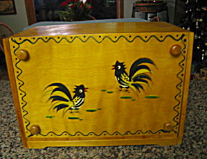 Vintage Wood Rooster Bread Box (Image1)