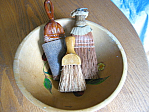 Munising Bowl And Brushes