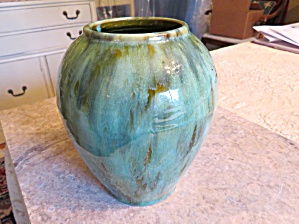 Brush Mccoy Green Onyx Vase