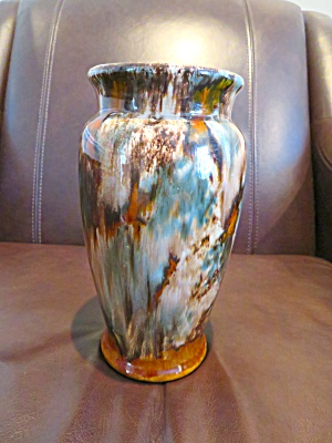Brush Mccoy Vintage Onxy Vase