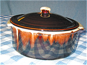 Pfaltzgraf Brown Drip Covered Casserole