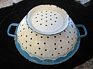 Decorated Graniteware Rare Antique Collander