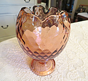 Fenton Diamond Optic Glass Vase (Image1)