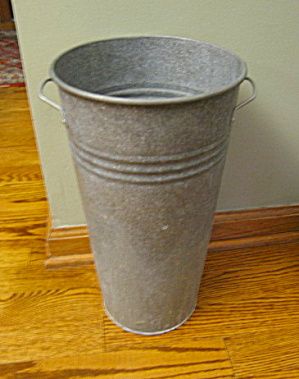 Large Flower Bucket (Image1)
