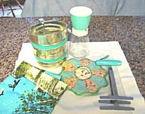 Kitchen Vintage Gadget Assortment (Image1)