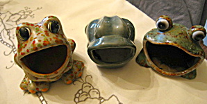 Ceramic Kitchen Frogs (Image1)