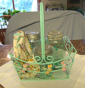 Mason Jars w/Basket Antique (Image1)