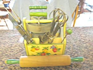 Vintage Green Kitchenware & Basket (Image1)