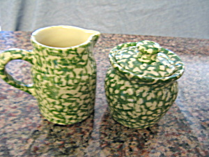 Friendship Pottery Green Spongeware (Image1)