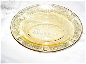 Depression Glass Vegetable Bowl (Image1)