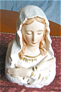 Napcoware Madonna Vase (Image1)