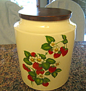 Hyalyn Strawberry Cookie Jar (Image1)