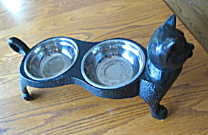 Black Cat Cast Iron Feeder Stand