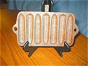 Small Cast Iron Cornstick Pan (Image1)