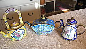 Kelvin Chan Enamelware Teapots (Image1)