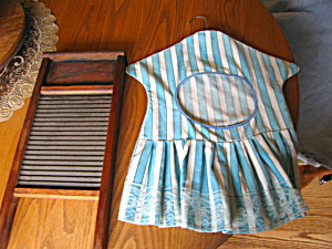 Washboard and Clothespin Dress (Image1)