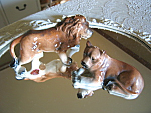 Relco Vintage Lion Shakers (Image1)