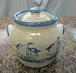 Louisville Stoneware Container (Image1)