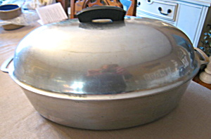Large Majestic Cookware Roaster