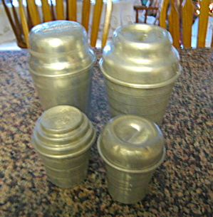 Vintage Malt Mixer Gravy Shakers (Image1)
