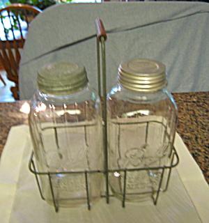 Dairy Carrier w/Mason Jars Vintage (Image1)