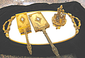 Matson Tray and Accessories (Image1)